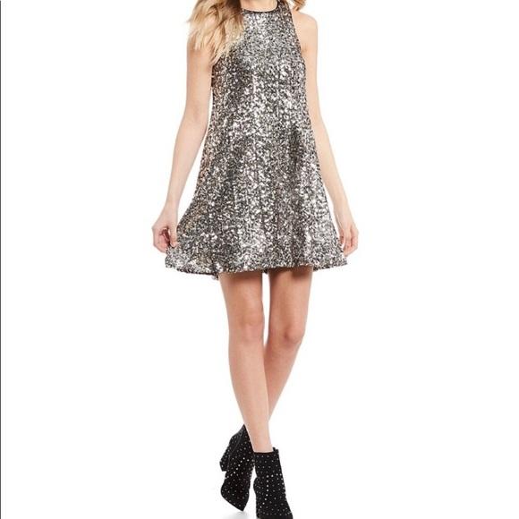 Gianni Bini Dresses & Skirts - ☀️Gianni Bini Sequin Swing Dress